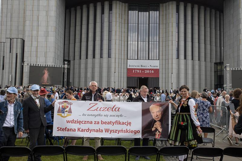 2021-09-12_COB_Swiatynia_Beatyfikacja-800px-2-283
