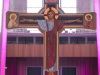 KRZYŻ PASCHALNY - STRONA CHWALEBNA. CHRYSTUS W SZATACH ARCYKAPŁAŃSKICH