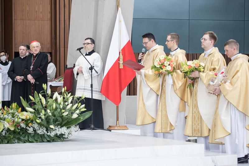 2021-05-29_COB_Swiatynia_Swiecenia_Kaplanskie-800px-6486