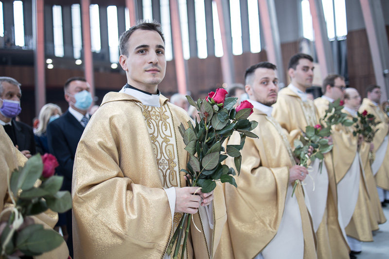 2021-05-29_COB_Swiatynia_Swiecenia_Kaplanskie-800px-8342