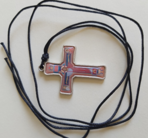 Krzyż Paschalny na rzemyku